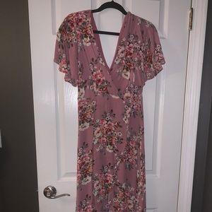 Dresses & Skirts - Women's mauve floral dress